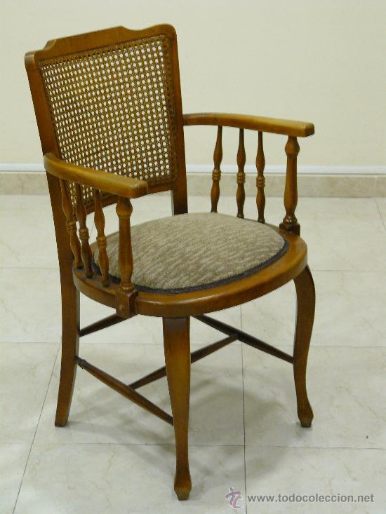 Pareja de antiguas sillas de madera y rejilla comprar for Sillas de madera precios