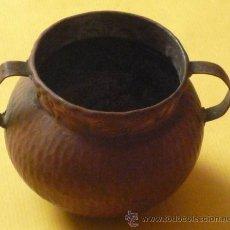 Antigüedades: OLLA DE COBRE ALTUTA 90 MM BOCA 80 MM ANCHO MAXIMO CON ASAS 110 MM PESO 192 GR.. Lote 28470624
