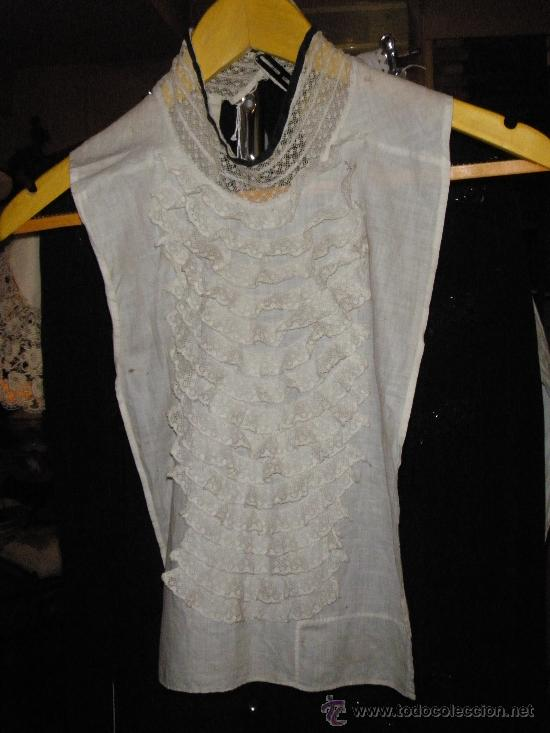 PECHERO DE PUNTILLAS DE FINALES DEL XIX (Antigüedades - Moda y Complementos - Mujer)