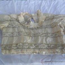 Antigüedades: CAMISA DE SEDA CON ENCAJE SIGLO XIX. Lote 28485664