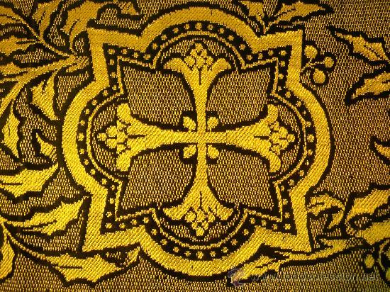 Antigüedades: TIRA ANTIGUA DE TELA CON CRUCES EN NEGRO Y ORO - Foto 4 - 114961663