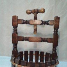 Antigüedades: ANTIGUO CASCANUECES. RUSTICO Y DECORATIVO.. Lote 28523194
