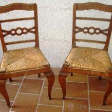Antigüedades: PAREJA DE SILLAS ANTIGUAS, RUSTICO CHIC, DE ROBLE.. Lote 28570734