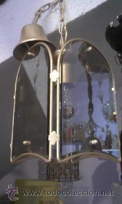 Antigüedades: Antiguo farol en metal pintado en color oro y cristal tallado. - Foto 2 - 28670138