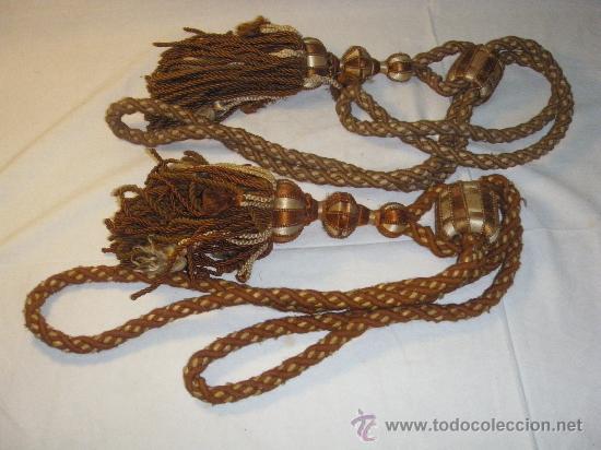PAREJA ALZAPAÑOS ANTIGUOS DE PASAMANERIA (Antigüedades - Hogar y Decoración - Otros)