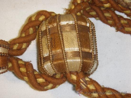 Antigüedades: PAREJA ALZAPAÑOS ANTIGUOS DE PASAMANERIA - Foto 2 - 28677814