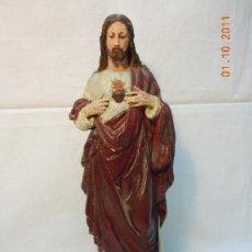 Antigüedades: SAGRADO CORAZON DE ESCAYOLA REPINTADO. Lote 28696216