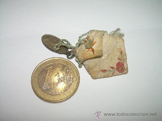Antigüedades: ANTIGUO Y BONITO ESCAPULARIO......CON MEDALLA DE PLATA. - Foto 3 - 28714384