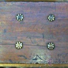 Antigüedades: PEQUEÑA CAJA DE MADERA. Lote 28733988