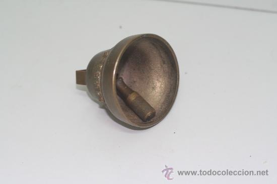 Antigüedades: Campana de bronce. Medidas 5.5 cm de alto por 5.5 cm de diámetro. - Foto 3 - 28982853