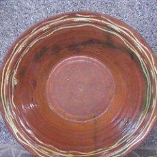 Antigüedades: PRECIOSO Y ANTIGUO LEBRILLO DE BARRO, VIDRIADO. LORQUINO .ALFARERO LARIO. Lote 29013613