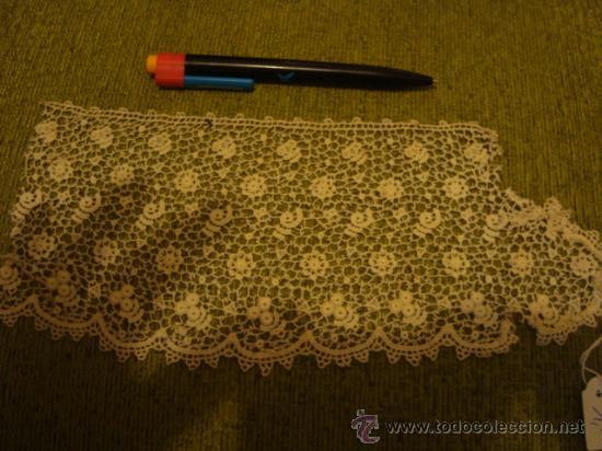 Antigüedades: precioso y antiguo encaje, tipo guipure guipur, ideal tocado virgen , ancho 11,5 cm - Foto 3 - 29044592
