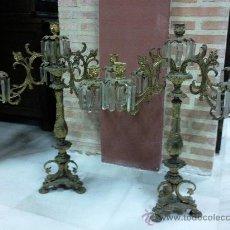 Antigüedades: PAREJA DE CANDELABROS CINCO LUCES SIGLO XIX. Lote 29050833
