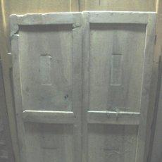 Antigüedades: PUERTAS DE ARMARIO DE NOGAL A RESTAURAR, HAVÍAN LLEVADO MARQUETERIA. S.XIX 154 X 54CM CADA PUERTA. Lote 29082025