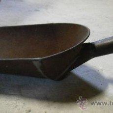 Antigüedades: RECOGEDOR DE GRANO. Lote 29089355
