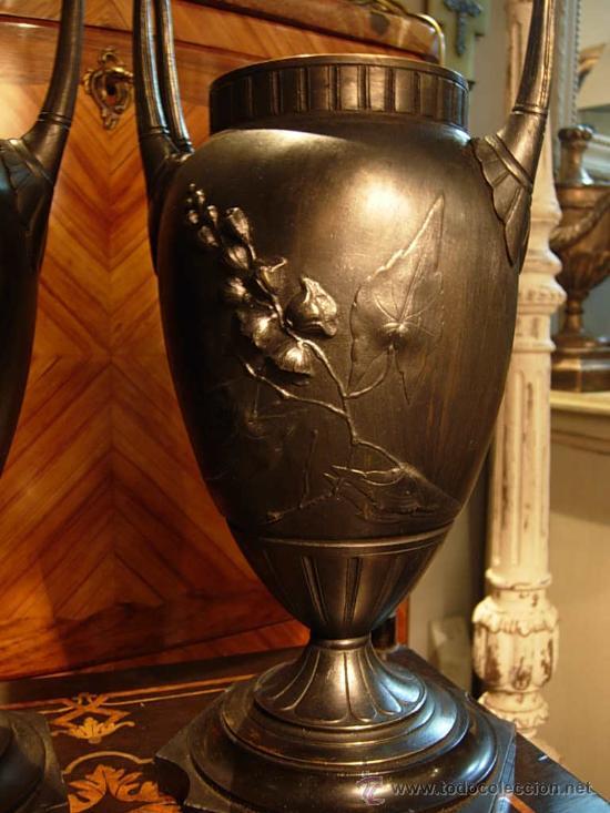 Antigüedades: DECORATIVA PAREJA DE COPAS DE BRONCE SOBRE BASE DE MARMOL NEGRO DEL XIX - Foto 8 - 29141501