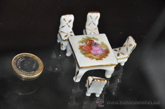 JUEGO MESA SILLAS LIMOGES FRANCE PORCELANA IDEAL PARA CASA DE MUÑECAS MINIATURA (Antigüedades - Porcelana y Cerámica - Francesa - Limoges)