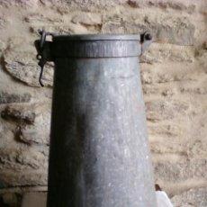 Antigüedades: RECIPIENTE HIERRO . Lote 29169702