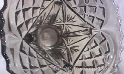 Antigüedades: jarrón de cristal bohemia tallado color humo fabricado en bélgica.En la base tiene inscripción. - Foto 3 - 29171149