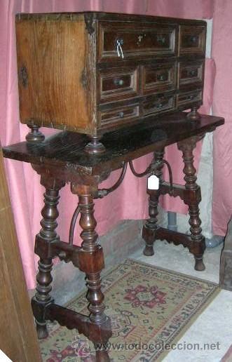 BARGUEÑO POPULAR ANTIGUO S/XVIII.CASTILLA.NOGAL ROBLE.PINO.MESA NOGAL. (Antigüedades - Muebles Antiguos - Bargueños Antiguos)