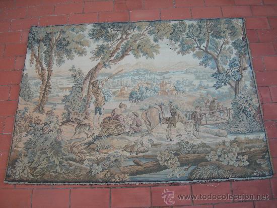 ANTIGUO TAPIZ // TAMAÑO 1,94 X 1,40 M. (Antigüedades - Hogar y Decoración - Tapices Antiguos)