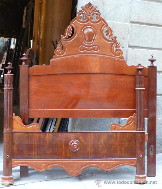 CAMA ISABELINA DE CAOBA 153 CM DE LARGO X 197 CM DE ALTO. (Antigüedades - Muebles Antiguos - Camas Antiguas)