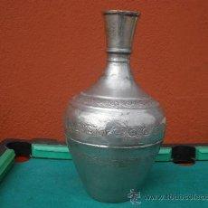 Antigüedades: ANTIGUO FLORERO METÁLICO. ESTAÑO?. Lote 29302496