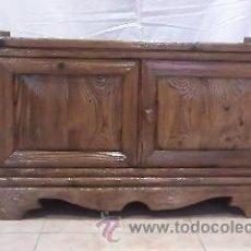 Antigüedades: PRECIOSO ARMARIO MADERA DE PINO MACIZO. ESTILO MEJICANO. Lote 29303341