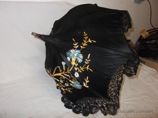 Antigüedades: antigua sombrilla parasol medianos siglo XIX seda y bordado paraguas - Foto 3 - 29337380
