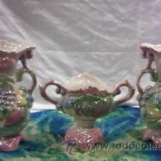 Antigüedades: PRECIOSO JUEGO DE 3 PIEZAS DE JARRONES EN CERÁMICA CHINA. Lote 29337857