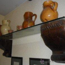 Antigüedades: MÉNSULAS EN MADERA MACIZA MUY ANTIGUAS. Lote 29341884