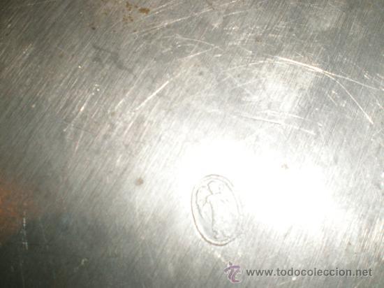 Antigüedades: antiguo plato de estaño - Foto 2 - 29337319