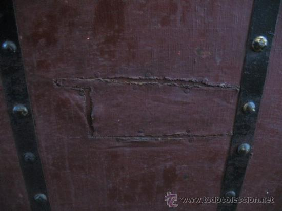 Antigüedades: ANTIQUISIMO BAUL DE TRANSPORTE DE ROPA - Foto 2 - 29336371