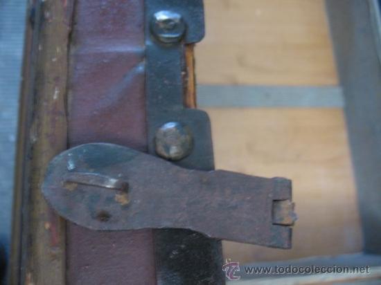 Antigüedades: ANTIQUISIMO BAUL DE TRANSPORTE DE ROPA - Foto 11 - 29336371