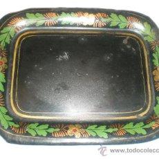 Antigüedades: BANDEJA DE METAL POLICROMADA. Lote 29504537