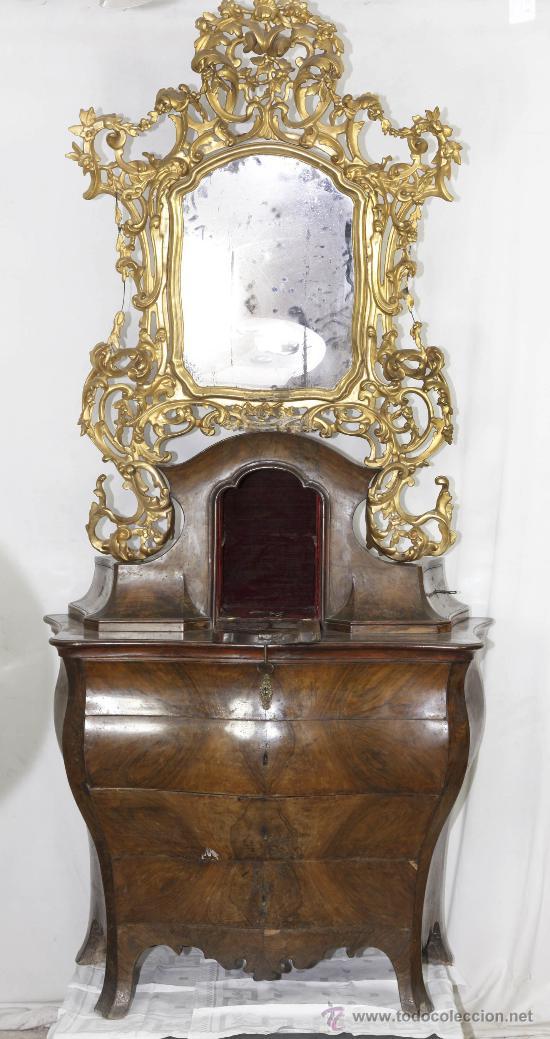 IMPORTANTE PEQUEÑA CÓMODA CATALANA DE PUBILLA CON ESPEJO, SIGLO XVIII. EN RAIZ DE NOGAL, VER. (Antigüedades - Muebles - Cómodas Antiguas)