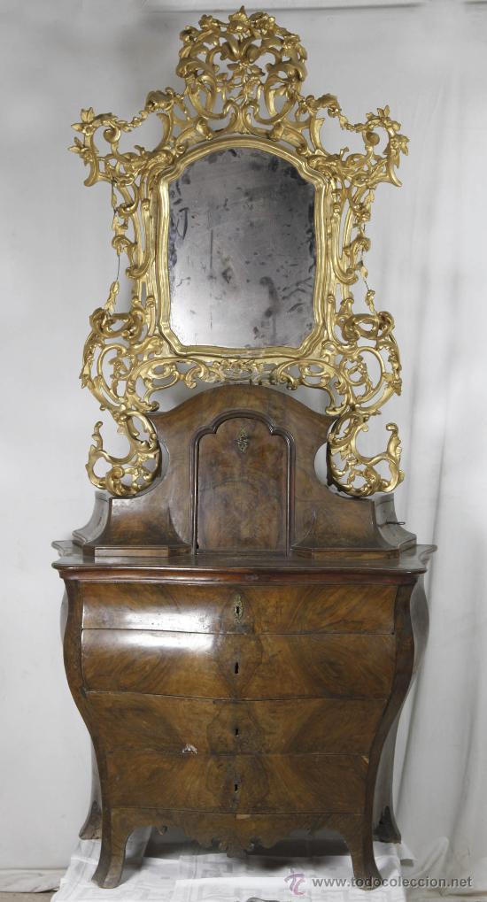 Antigüedades: Importante pequeña cómoda catalana de pubilla con espejo, siglo XVIII. En raiz de nogal, ver. - Foto 11 - 29447319