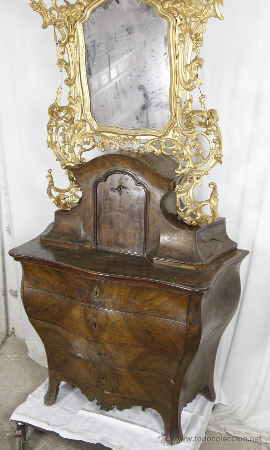 Antigüedades: Importante pequeña cómoda catalana de pubilla con espejo, siglo XVIII. En raiz de nogal, ver. - Foto 6 - 29447319