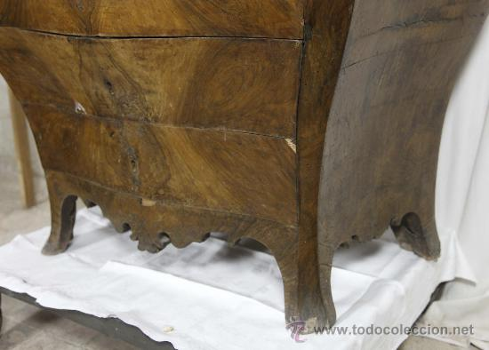 Antigüedades: Importante pequeña cómoda catalana de pubilla con espejo, siglo XVIII. En raiz de nogal, ver. - Foto 3 - 29447319