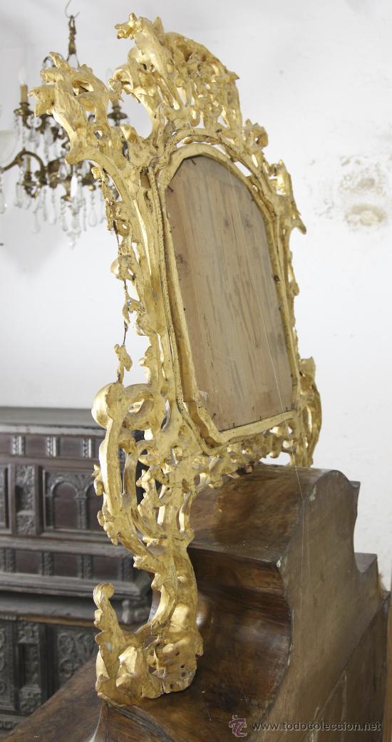Antigüedades: Importante pequeña cómoda catalana de pubilla con espejo, siglo XVIII. En raiz de nogal, ver. - Foto 9 - 29447319