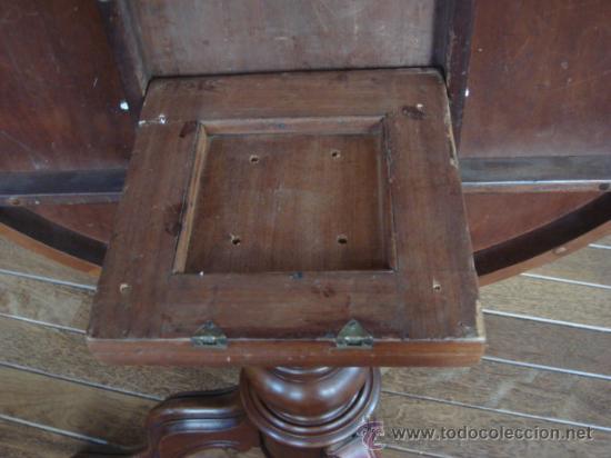 Antigüedades: ANTIGUA MESA INGLESA CON TAPA ABATIBLE -EN MADERA DE CAOBA Y CEDRO-RESTAURADA - Foto 4 - 26999606