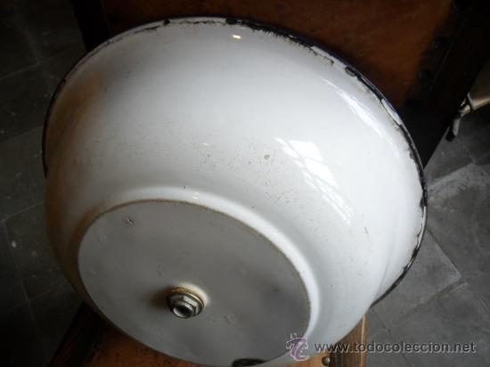 Antigüedades: PALANGANA DE METAL CON BAÑO DE PORCELANA ANTIGUA - Foto 5 - 18924624