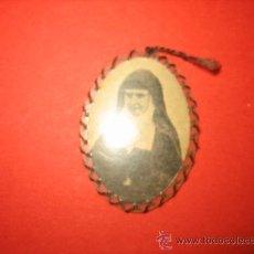 Antigüedades: RELIQUIA TELA TOCADA A LA S.DE DIOS Mª DEL S.CORAZON FUNDADORS A.C.I.. Lote 29519474