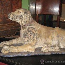 Antigüedades: PERRO DE TAMAÑO NATURAL EN PAPIE MACHE O CARTON PIEDRA. PRECIOSO OBJETO DECORATIVO. Lote 29546988