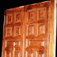 Antigüedades: PORTON 2 HOJAS. ANTIGUO. CON 76 CLAVOS GRANDES. MUY FUERTE PESA MAS100 KG. EN DESCRIPCIÓN FIGURA. Lote 56487563