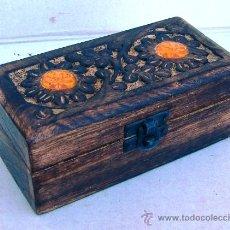 Antigüedades: CAJA DE MADERA TALLADA. Lote 29593350