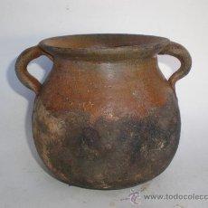 Antigüedades: ANTIGUA *OLLA* DE BARRO VIDRIADO PEQUEÑA, 2 ASAS, PARA COCINAR DIRECTAMENTE EL FUEGO. Lote 29664213