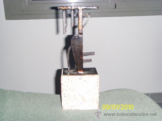 Antigüedades: escultura de hierro () - Foto 2 - 29662417