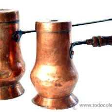 Antigüedades: DOS CHOCOLATERAS DE COBRE - S. XIX. Lote 29667026