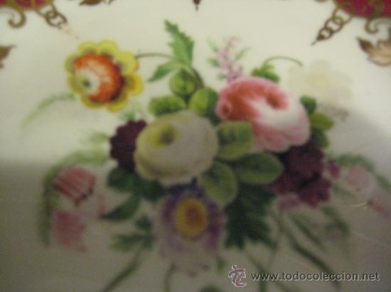 Antigüedades: Preciosos centros de mesa-fruteros ingleses con porcelana decorada a mano s. XIX - Foto 11 - 29675970